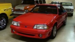 1993 Ford Mustang GT 5.0 Five-Speed Quick Look